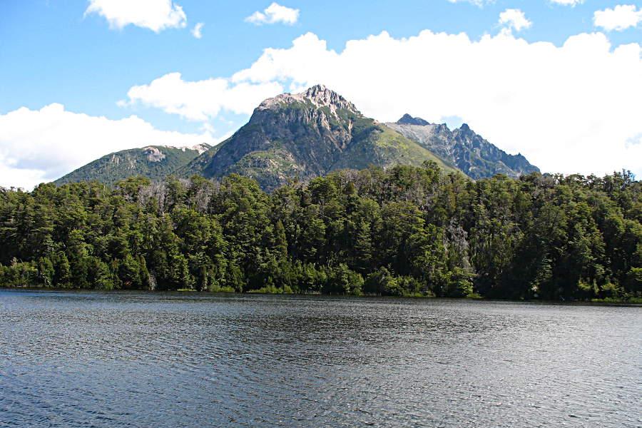 Ruhe am Lago Escondido (Versteckter See)