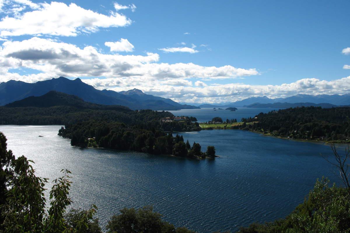 Ausblick auf die Siete Lagos (Sieben Seen) rund um San Carlos de Bariloche