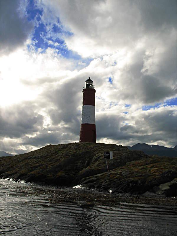 Ein Leuchtturm im Beagle Kanal