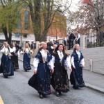 Umzugsteilnehmer an der Parade zum Nationalfeiertag in Stavanger