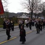 Umzugsteilnehmer an der Parade zum Nationalfeiertag in Jorpeland