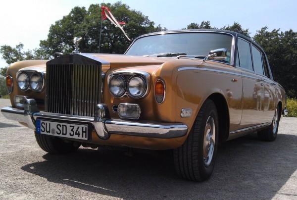 Der goldene Rolls-Royce von Paul Spinat auf der Drachenburg