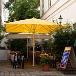 Der Gastgarten vom Nice Rice in Wien