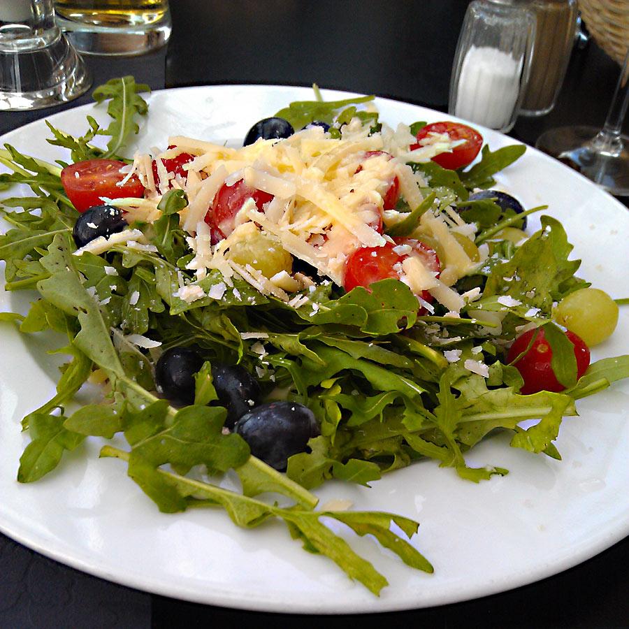 Rucola-Salat im Café Sand Bremen