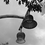 Eigentlich schön farbige Lampen auf dem Wiener Prater - aber die Form ist auch schon hübsch anzusehen.