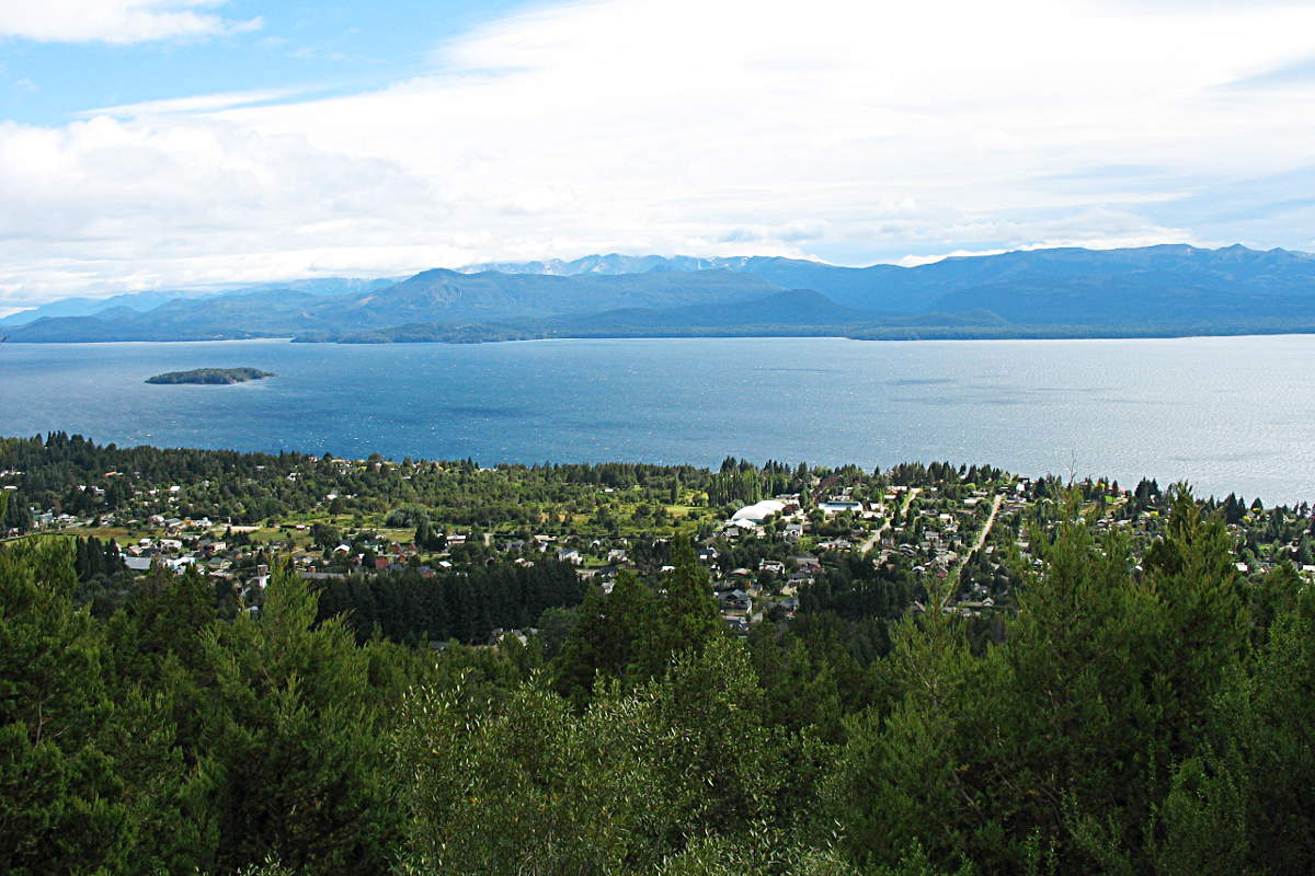 Blick auf San Carlos de Bariloche von oben
