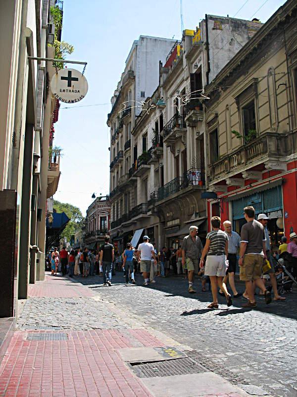 Kleine Gasse in San Telmo, Buenos Aires