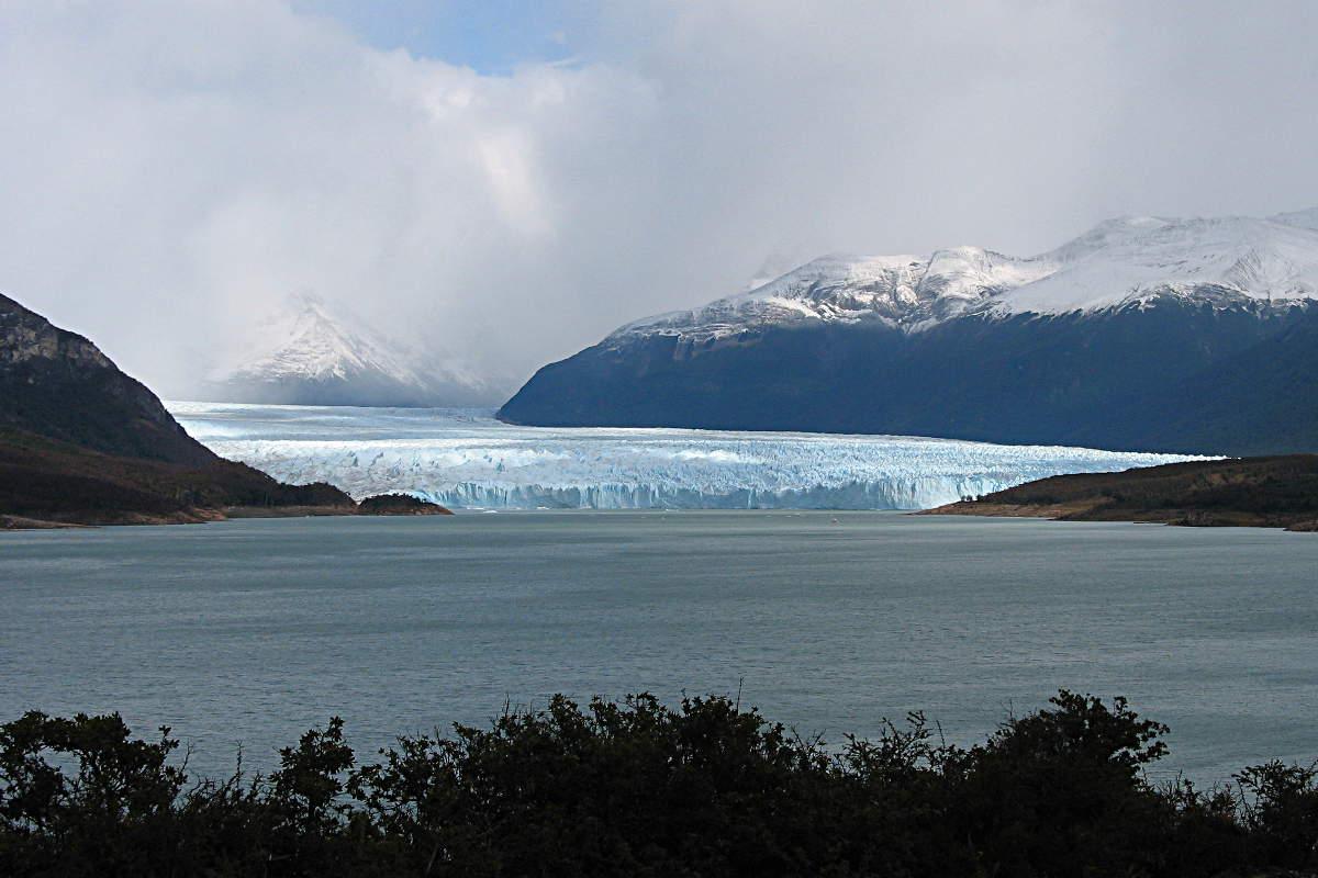Blick auf den Perito Moreno Gletscher in Patagonien