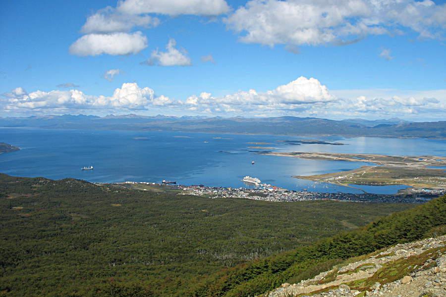 Blick vom Cerro Medio auf Ushuaia