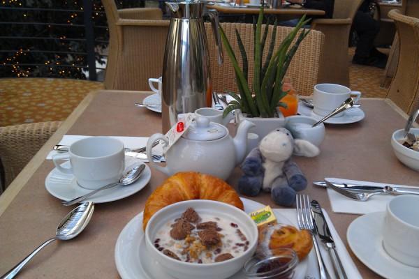 Hotel Estrel Berlin - Frühstück