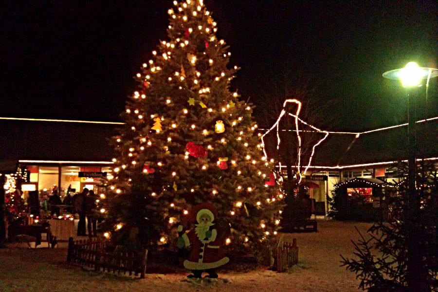 Kleiner aber schnuckeliger Weihnachtsmarkt in Göhren am Fleesensee
