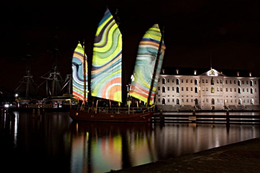 At the National Maritime Museum - Aerosol Light Textures: Kalmen