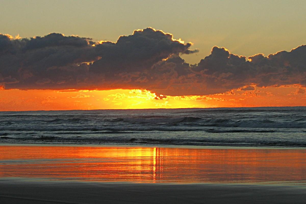 Sonnenaufgang Fraser Island