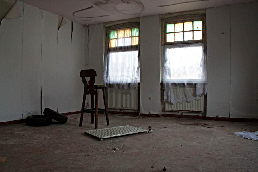 Lost Places Restaurant - Barhocker, chair