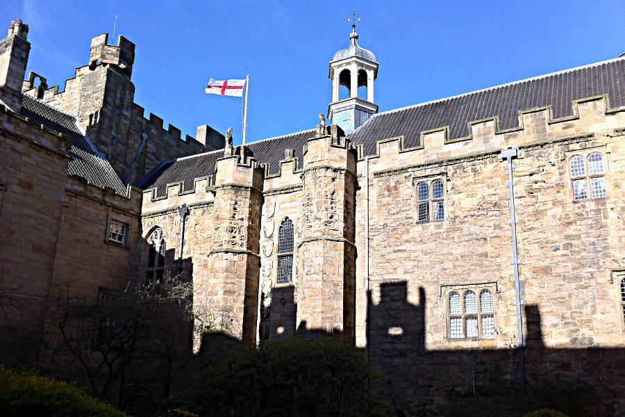 Das Lumley Castle gesehen vom Innenhof