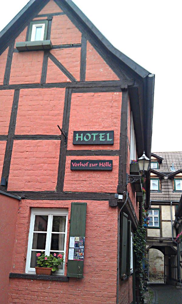 Das Fachwerkhotel Vorhof zur Hölle in Quedlinburg