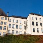 Häuser in Luxemburg, vom Grund aus gesehen