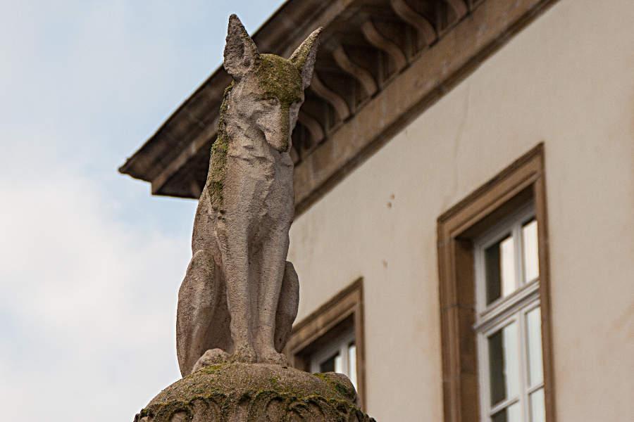 Detail des Denkmals für Michel Rodange
