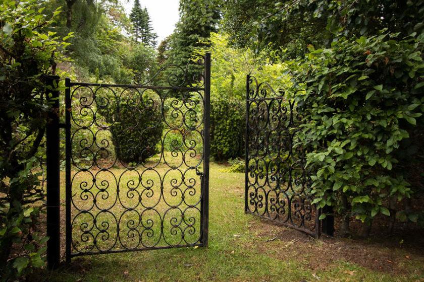Schönes Tor im Garten von Scatwell House (c) Carolin Hinz www.esel-unterwegs.de
